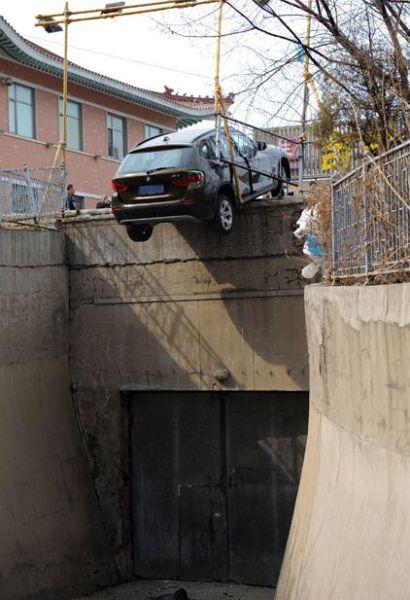 fotos engraçadas de acidentes envolvendo carros