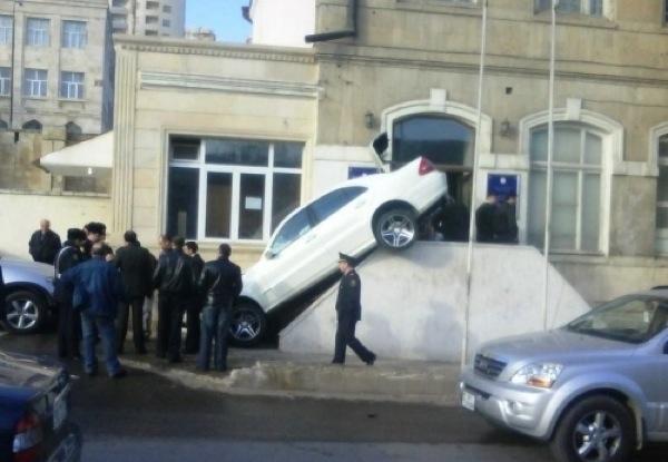 imagens inexplicaveis de acidentes de carro